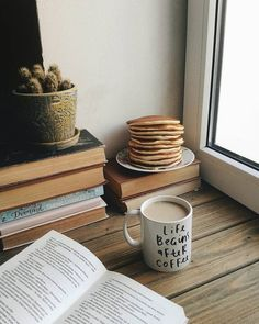 Find images and videos about food, book and coffee on We Heart It - the app to get lost in what you love. Book And Coffee, But First Coffee, Coffee Love, Coffee Break, Morning Coffee, Coffee Shop, Coffee Cups, Coffee Girl, Sunday Morning
