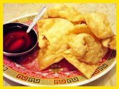 Receta WanTan frito (Fried Won Ton) Peruvian Cuisine, Peruvian Recipes, Asian Recipes, Ethnic Recipes, Coffee Break, Relleno, Chinese Food, Entrees, Mashed Potatoes