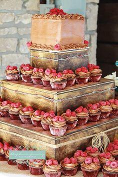 Great looking cupcake tower display!