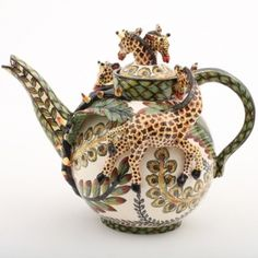 Ardmore Ceramic Art : Giraffe teapot I visited Ardmore Studios in South Africa a few years ago. LOVE their art.