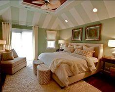 Gestaltungsideen Schlafzimmer mit Dachschräge streifen