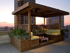 Not a personal fan of for a rooftop garden but would be nice in the corner of a backyard or running along the perimeter. (Shade Cabanas in the Sky Rooftop Terrace Design, Rooftop Patio, Patio Roof, Terrace Garden, Rooftop Gardens, Terrace Ideas, Rooftop Decor, Rooftop Lounge, Rooftop Bar