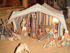 Pesebre Bíblico: Plaza de los Artesanos, Bogota D.C Mexican Christmas Traditions, Fontanini Nativity, Spanish Culture, Christmas Nativity, Beautiful Christmas, Diorama, Vintage Photos, Toddler Bed, Portal