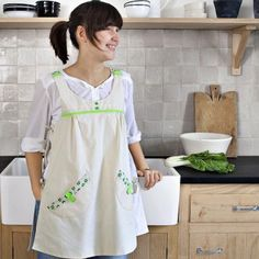 Un tablier de cuisine au style rétro / A vintage apron of cooking, sewing