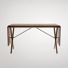Hans J. Wegner: Cross-Legged Table 1952