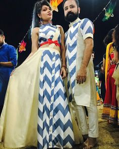 Garba Dress, Navratri Dress, Funky Dresses, Stylish Dresses, Traditional Fashion, Traditional Dresses, Kurta Designs, Blouse Designs, Indian Dresses