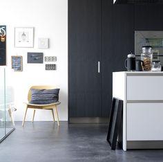 Louise Row black kitchen