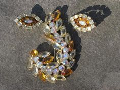 Gorgeous Very Large -- YELLOW Juliana brooch and clip earrings DEMI PARURE -- open back on brooch. $98.00, via Etsy.