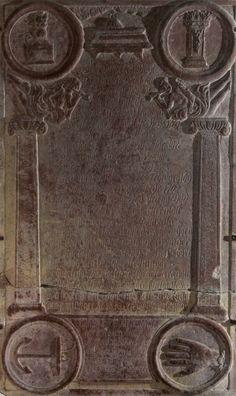 Mygdal kirke: Gravsten våbenhus ·Gravsten over Hans Wissing opsat i våbenhuset. Efter al sandsynlighed har Hans Wissing skænket altersølvet, idet disken bærer årstallet 1761, netop mens Hans Wissing var ejer af kirken.