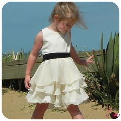 @Casie Steele Lily Bird Studio PDF Sewing Pattern - Maddie's Dress - 12 mths to 8 yrs - circle skirt, 3 or 4 layers wide twirly skirt, girls, flower girl