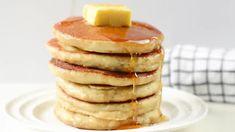 Keto Almond flour pancakes only 5 ingredients - Sweetashoney Coconut Milk Pancakes, Coconut Flour Bread, Gluten Free Pancakes, Keto Pancakes, Healthy Gluten Free Recipes, Keto Recipes, Recipes Dinner, Breakfast, Diet