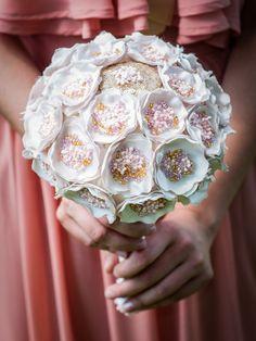 Precious bridal bouquet (220 LEI la Nunny.sDiary.breslo.ro) Bridal, Bouquet, Crown, Jewelry, Fashion, Moda, Corona, Jewlery, Bride