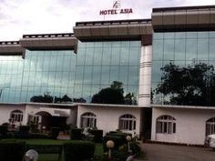 Katra (Jammu and Kashmir) Hotel Asia Vaishno Devi India, Asia Hotel Asia Vaishno Devi is conveniently located in the popular Katra area. The property features a wide range of facilities to make your stay a pleasant experience. Take advantage of the hotel's room service, restaurant, tours, safety deposit boxes, salon. All rooms are designed and decorated to make guests feel right at home, and some rooms come with television LCD/plasma screen, air conditioning, heating, desk, mi...