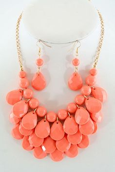Layered Teardrop Necklace Set in coral