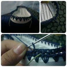 Hi crochet girls Today a beautiful blue shoe crochet. Step by step and graphic. Crochet Girls, Crochet Shoes, Blue Shoes, Silver, Beautiful, Inspired, Blog, Instagram, Crochet Purses
