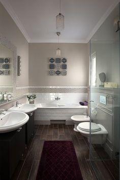 Polgári stílusú fürdőszoba Marrakesh cementlap és fehér metró csempe