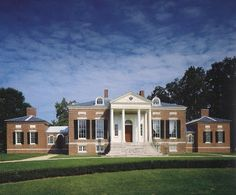 Homewood House, summer house for Charles Carroll, Jr. and Harriet Chew Carroll, Baltimore, Maryland, 1801. Photo: HOMEWOOD HOUSE, by Catherine Rogers Arthur and Cindy Kelly (via The Devoted Classicist).