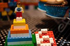 Lego birthday party - Lego birthday minifigure