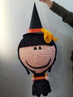 #Piñata #Bruja 🎊🎃 con este pedido finalizamos los festejos de Halloween y Día de Muertos. Cuantos dulces recibieron este año? 🍫🍬🍭🍰