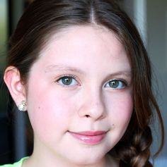 Fresh Tween Makeup: Age-Appropriate Tutorial for a 12-Year-Old