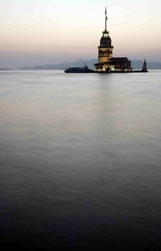 2500 year old kiz kulesi (maiden's tower) lighthouse in the world, sits on a tiny islet off the coast of Istanbul.