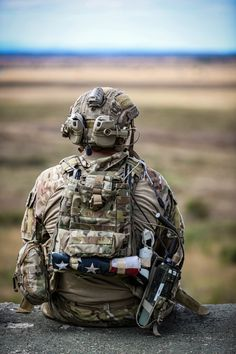 Special Forces Gear, Military Special Forces, Swat, Us Army Rangers, 75th Ranger Regiment, Military Guns, Military Quotes, Military Aircraft, Military Pictures