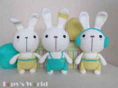 I'm happy to introduce you the bunnies of theTopy Family. Their name is Bobby. I've already made themin 3 different versions. © This pattern is an original pattern by Marina Bellai of Topy's World. It is for personal use only and may not be resold or redistributed. Feel free to sell products...