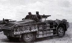 Deserto libico - Reparto esplorante su Camionetta AS-42 Sahariana