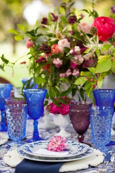 These sapphire blue goblets make a splash when used for your head table Unique and Retro @DixiDoesVintage Dixie Does Vintage in Dallas Tx