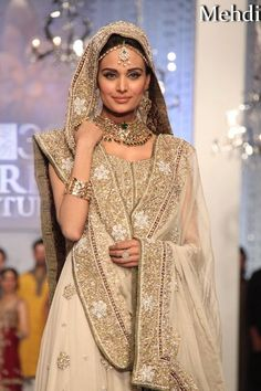 Full Embellished White Lehenga for Girls – Designers Outfits Collection