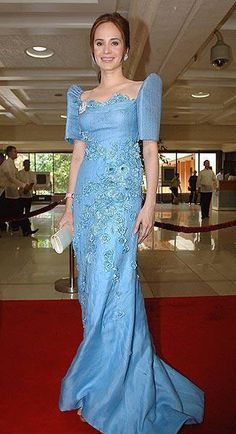 Lucy Torres-Gomez in a blue terno for the 2010 State of the Nation Address -Philippines