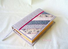 Fabric Crafts, Projects To Try, Coin Purse, Card Holder, Crafty, Quilts, Purses, My Love, Cover