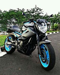 Moto Bike, Motorcycle Gear, Super Bikes, Kawasaki Ninja 250r, Honda Bikes, Cool Motorcycles, Biker Chick, Bike Life, Motocross