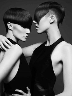 British Hairdressing Awards 2010 / British Hairdresser of the Year 2010 Finalist / Akin Konizi Short Hair With Layers, Short Hair Cuts, Short Hair Styles, Short Layered Haircuts, Short Bob Hairstyles, Bob Haircuts, Short Hair Images, Corte Y Color, Creative Hairstyles