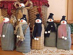 My Toys: Snowman Patterns~Снеговик Выкройки Diy Snowman Decorations, Snowman Crafts, Snowman Ornaments, Christmas Projects, Christmas Crafts, Christmas Decorations, Primitive Christmas, Christmas Sewing, Rustic Christmas