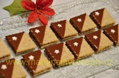 Ořechové čtverečky – Maminčiny recepty Waffles, Food And Drink, Cookies, Baking, Breakfast, Christmas, Advent, Fit, Crack Crackers