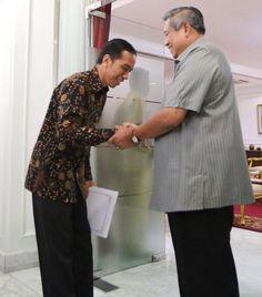 Governor Joko Widodo and president Susilo Bambang Yudhoyono