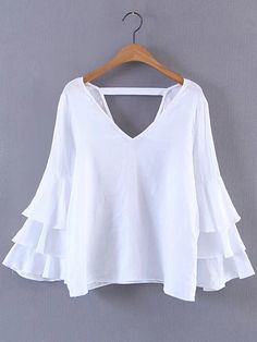 To find out about the Double V Neck Layered Bell Sleeve Top at SHEIN, part of our latest Blouses ready to shop online today! Pretty Outfits, Stylish Outfits, Beautiful Outfits, Cute Outfits, Western Outfits Women, Bell Sleeves, Bell Sleeve Top, Blouse Dress, Blouse Styles