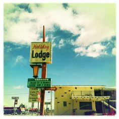 This place again. ☺ #vintagesign #retrosign #retromotel #sv1sign #Hipstamatic #Melodie #Inas1935 - @Sarah Vargas- #webstagram