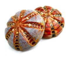 Harold Williams Cooney, Artist, Nevada Trade Bead – These are glass beads, but using polymer in this way would be wonderful.