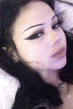 Cute Makeup Looks, Makeup Eye Looks, Eye Makeup Art, No Eyeliner Makeup, Pretty Makeup, Skin Makeup, Vampire Makeup Looks, Edgy Makeup, Grunge Makeup