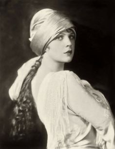 Alfred Cheney Johnston, Ziegfeld Follies Girls