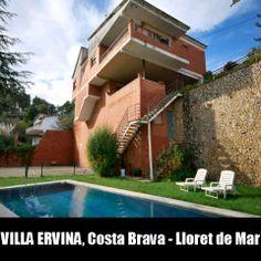 Grande villa à Lloret de Mar Avec Piscine privée Dans un jardin verdoyant.