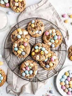 Lemon and Elderflower Cupcakes - Food Duchess Mini Eggs Cookies, Easter Cookies, Milk Chocolate Chip Cookies, Chocolate Cupcakes, Easy Strawberry Shortcake, Pistachio Cream, Cream Puff Recipe, Loaf Cake, Cookies Ingredients