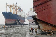 """Pierre Torset bij artikel """"In Bangladesh slopen ze onze olietankers met hun blote handen"""", Dick Wittenberg voor De Correspondent"""