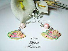 Orecchini con pendenti in miniatura crepes di LadyBijouxHandmade