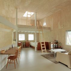 Small Box House by Akasaka Shinichiro Atelier. Nice use of plain Birch wood panels.