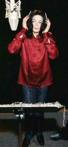 Michael Jackson in studio mode.
