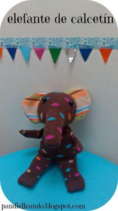Elefante-pandielleando con un calcetín.