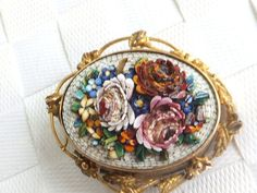 Fine Victorian Micro Mosaic 15K Gold Locket Brooch